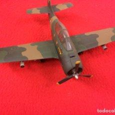 """Maquetas: NORTH AMERICAN T-28B """"TROJAN"""". USA. Lote 288150613"""