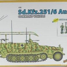 Maquetas: MAQUETA SDKFZ 251/16, AUSF. C, COMMAND VEHICLE & COMMAND STAFF, REF. 9105, CYBER HOBBY - DRAGON. Lote 288208678