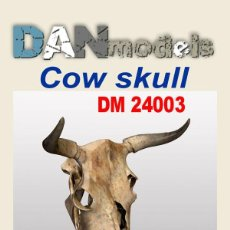 Maquetas: DAN MODELS - COW SKULL 1/24 24003. Lote 295295243