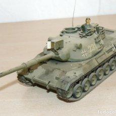 Maquetas: 43- MAQUETA TANQUE WEST GERMAN LEOPARD TANK 1:35 TAMIYA GERMAN ARMY MOTORIZABLE 1/35 ITALERI. Lote 295443668