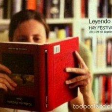 Coleccionismo Marcapáginas: LEYENDO A BOLAÑO - FORMATO POSTAL. Lote 215991978