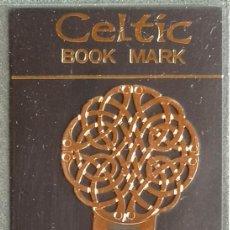 Coleccionismo Marcapáginas: MARCAPAGINAS, CELTIC BOOK MARK SEA GEMS REF-16 METÁLICO CHAPADO DORADO. Lote 198144046