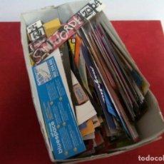Coleccionismo Marcapáginas: CAJA CON CIENTOS DE PUNTOS DE LIBRO. Lote 262040055
