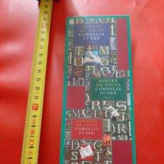 Coleccionismo Marcapáginas: MARCAPAGINAS EDITORIAL EDICIONES SIRUELA. CORNELIA FUNKE. MUERTE DE TINTA. SANGRE. CORAZON. Lote 288033828