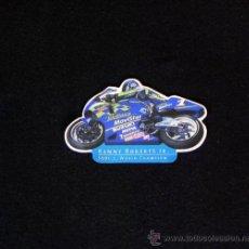 Coleccionismo deportivo: IMÁN DE NEVERA KENNY ROBERTS JR 500 C.C. - MOTOS MOTO PILOTO DEPORTE MOTOCICLISMO - PUBLICIDAD. Lote 22334119