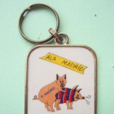 Coleccionismo deportivo: ANTIGUO LLAVERO DEL R. MADRID. Lote 26624104