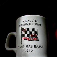 Coleccionismo deportivo: X.RALLYE INTERNACIONAL RÍAS BAJAS.1972.ESCUDERÍA VIGO.JARRA CAFÉ-CERVEZA,ENTREGADO PILOTO.ENVÍO PAGO. Lote 33818825