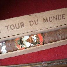 Coleccionismo deportivo: CICLISMO - TOUR DE FRANCIA - LE TOUR DU MONDE -ANTIGUO PURO GIGANTE CON VITOLA MOLTENI - EDDY MERCKX. Lote 37611372