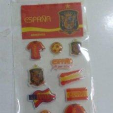 Colecionismo desportivo: PEGATINAS - ADHESIVOS SIN ABRIR DE ESPAÑA - SELECCIÓN ESPAÑOLA DE FÚTBOL (A POR ELLOS, CAMPEONES). Lote 39414971