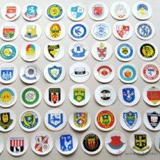 Coleccionismo deportivo: 50 ADHESIVOS PEGATINAS CLUBS PREMIER LEAGUE DIFERENTES ORIGINALES AÑOS' 70 OLDS . Lote 42769367