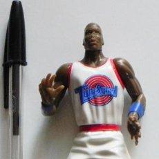 Coleccionismo deportivo: FIGURA DE MICHAEL JORDAN - BALONCESTO JUGADOR NBA DEPORTE - PLÁSTICO MUÑECO JUGUETE CINE WARNER BROS. Lote 46960556