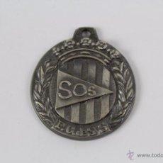 Coleccionismo deportivo: M-407. MEDALLA EN METAL PLATEADO DE LA FEDERACION CATALANA DE SOCORISMO. Lote 49653768