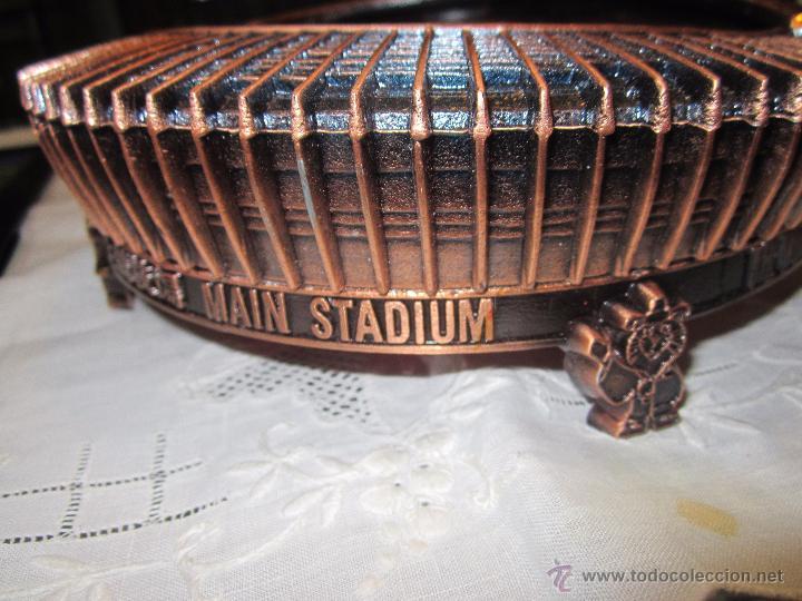 Coleccionismo deportivo: Rebajado Cenicero de bronce de las Olimpiadas Seul 1988. Gran pieza. Con su estuche. - Foto 7 - 50146669
