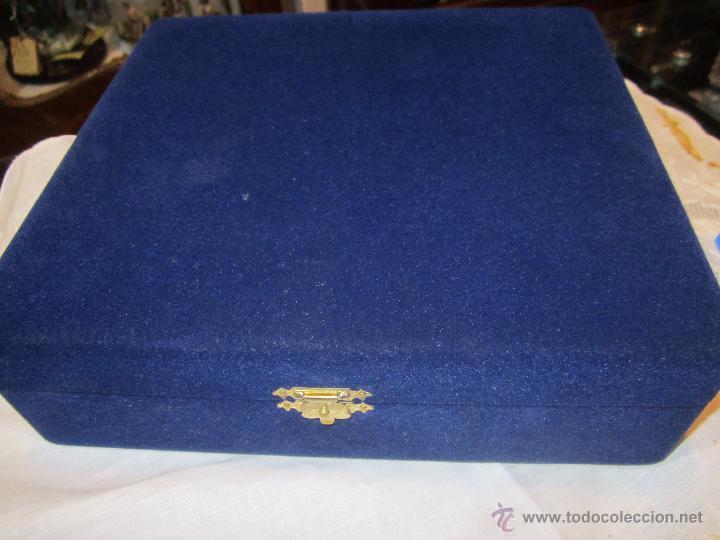 Coleccionismo deportivo: Rebajado Cenicero de bronce de las Olimpiadas Seul 1988. Gran pieza. Con su estuche. - Foto 10 - 50146669