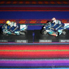 Coleccionismo deportivo: HONDA NSR 500 AÑO 1998. TEAM MOVISTAR HONDA PONS. JOHN KOCINSKI, CARLOS CHECA. 2 MINIATURAS.. Lote 51400814