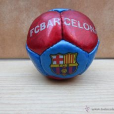 Coleccionismo deportivo: MINI PELOTA F.C BARCELONA CON FIRMAS DE JUGADORES.. Lote 53649260