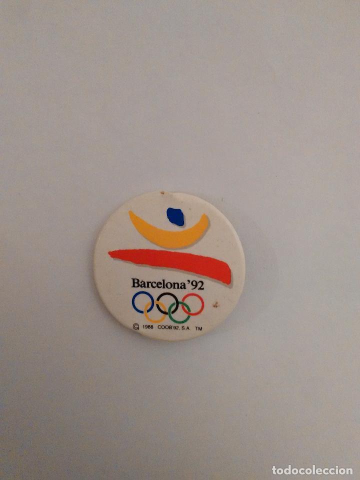 CHAPA CONMEMORATIVA DE LOS JUEGOS OLÍMPICOS DE BARCELONA 92, JJOO 1992 (MIDE 3,7 CM DE DIÁMETRO) (Coleccionismo Deportivo - Merchandising y Mascotas - Otros deportes)