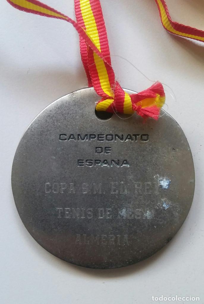 Coleccionismo deportivo: MEDALLA TENIS DE MESA COPA SU MAJESTAD EL REY ALMERIA - Foto 2 - 87011616