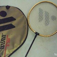 Coleccionismo deportivo: RAQUETA WINN CON FUNDA. Lote 105706079
