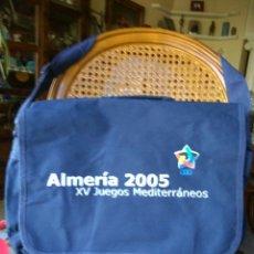 Coleccionismo deportivo: ALMERIA 2005 XV JUEGOS MEDITERRANEO 2005 BOLSA CARTERA. Lote 106625272