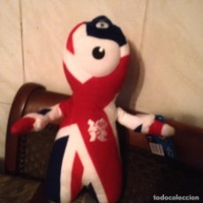 Coleccionismo deportivo: MASCOTA PELUCHE DE LOS JUEGOS OLÍMPICOS 2012 SET WENLOCK MANDEVILLE PRIDE UNION .. Lote 110426631