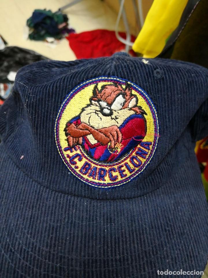 Coleccionismo deportivo: gorra pana F. C. Barcelona oficial looney - Foto 2 - 119589955