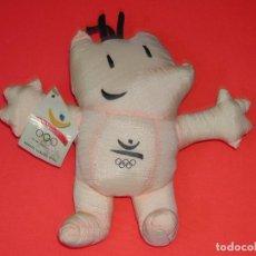 Coleccionismo deportivo: MUÑECO COBI OLIMPIADAS BARCELONA 92 CON ETIQUETA / OLYMPICS GAMES WITH LABEL.. Lote 120855203