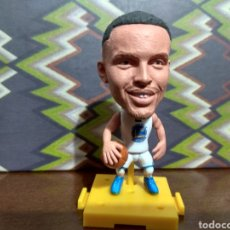 Coleccionismo deportivo: FIGURA DE BALONCESTO DE STEPHEN CURRY, THE GOLDEN BOY, CON LOS GOLDEN STATE WARRIORS, N 30. Lote 131313011