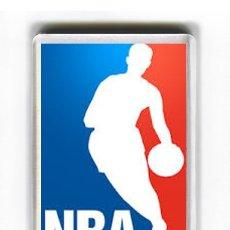 Coleccionismo deportivo: IMAN ACRILICO NEVERA - DEPORTE BALONCESTO NBA. Lote 211838972