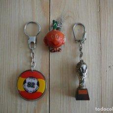 Coleccionismo deportivo: LOTE 3 LLAVEROS ESPAÑA MUNDIAL 82.. Lote 142880226