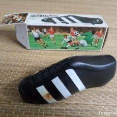 Coleccionismo deportivo: AVON - ZAPATILLA BOTA FUTBOL - ADIDAS - AFTHER SAVE. Lote 143130262