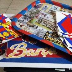 Coleccionismo deportivo: FC BARCELONA 12 IEZAS, 2 BANDEJAS METALICAS 40X27, 5 PEGATINAS 25X15, 5 PEGATINAS 15X15. Lote 147525534