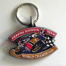 Coleccionismo deportivo: LLAVERO D REPSOL HONDA TEAM WORLD CHAMPIONS PUBLICIDAD MOTOS MOTO PILOTO DEPORTE CAMPEONES DEL MUNDO. Lote 162015462