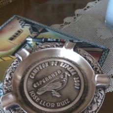 Coleccionismo deportivo: COLOMBICULTURA CENICERO METAL-BRONCE GRAN TAMAÑO Y PESO CAMPEÓN ESPAÑA 2001. Lote 162484236