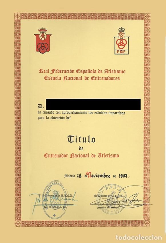 Coleccionismo deportivo: Lote 2 escudos Escuela Nacional Entrenadores. Real Federación Española de Atletismo. Vintage - Foto 6 - 164862898