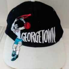 Coleccionismo deportivo: GORRA BALONCESTO GEORGETOWN 100% ALGODON TALLA CM. Lote 173666402