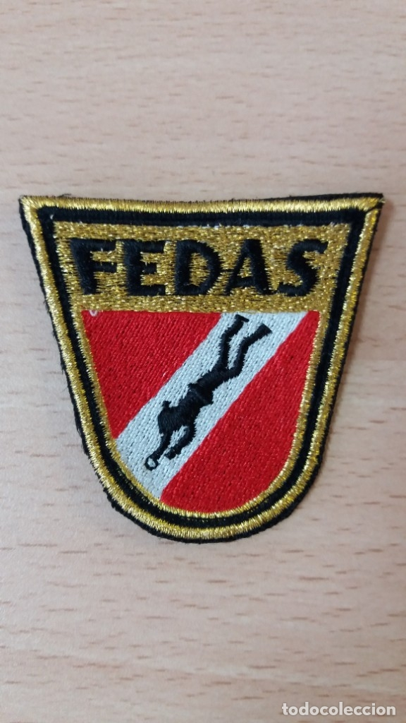 ESCUDO FEDAS BORDADO (Coleccionismo Deportivo - Merchandising y Mascotas - Otros deportes)