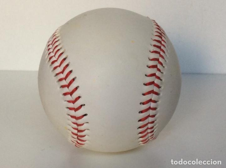 Coleccionismo deportivo: Envío 4€. Pelota de béisbol auténtica, promoción AMERICANA CREW. MIDE APROX 7cm diametro - Foto 2 - 189990837
