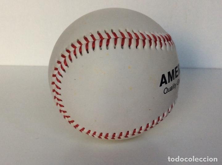 Coleccionismo deportivo: Envío 4€. Pelota de béisbol auténtica, promoción AMERICANA CREW. MIDE APROX 7cm diametro - Foto 3 - 189990837