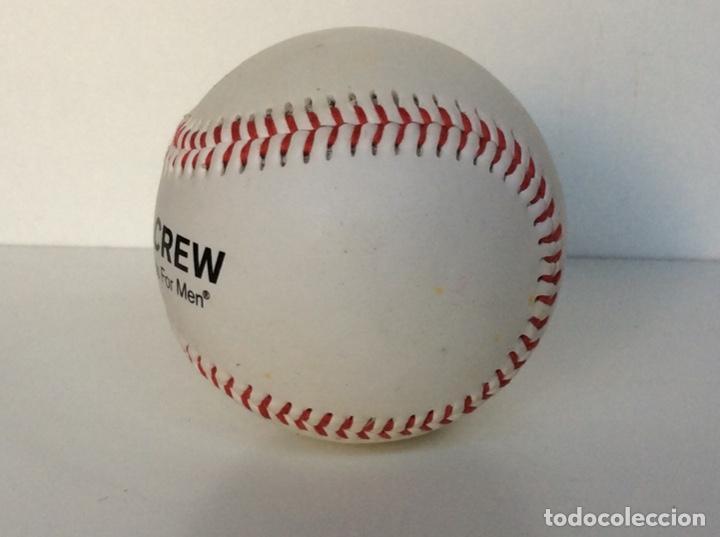 Coleccionismo deportivo: Envío 4€. Pelota de béisbol auténtica, promoción AMERICANA CREW. MIDE APROX 7cm diametro - Foto 4 - 189990837