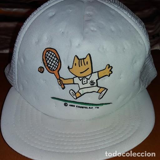 GORRA DE LAS OLIMPIADAS DE BARCELONA 92 DE COBI JUGANDO AL TENIS (Coleccionismo Deportivo - Merchandising y Mascotas - Otros deportes)