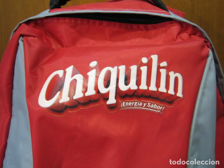 Coleccionismo deportivo: Antigua mochila con publicidad galletas Chiquilín. Selección española de baloncesto - Foto 2 - 201605648
