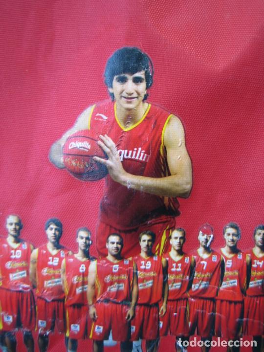 Coleccionismo deportivo: Antigua mochila con publicidad galletas Chiquilín. Selección española de baloncesto - Foto 5 - 201605648