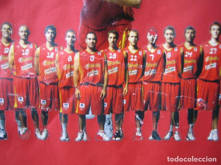 Coleccionismo deportivo: Antigua mochila con publicidad galletas Chiquilín. Selección española de baloncesto - Foto 6 - 201605648
