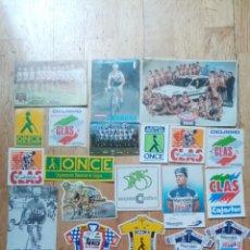 Coleccionismo deportivo: PEGATINAS Y POSTALES CICLISMO. Lote 205394702