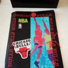 Coleccionismo deportivo: CARPETA CHICAGO BULLS NBA OFICIAL PORTA BLOC PORTAFOLIOS MICHAEL JORDAN VER FOTOS. Lote 205719031