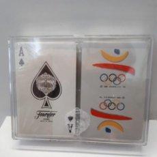 Collezionismo sportivo: ESTUCHE CON DOS BARAJAS DE CARTAS FOURNIER DE POKER: COBI Y LOGOTIPO JUEGOS OLIMPICOS BARCELONA 92. Lote 220406215