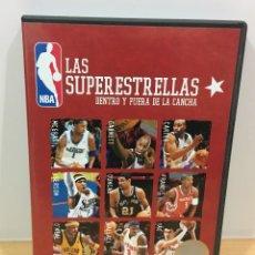 Coleccionismo deportivo: DVD BASKET - LAS SUPERESTRELLAS DE LA NBA DENTRO Y FUERA DE LA CANCHA - THE FOUNDATION (2004). Lote 221728948