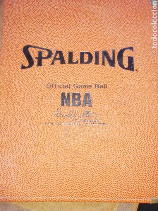 CARPETA SPALDING DE LA NBA... FIRMADA DAVID JOEL STERN.. COMISIONADO NBA. 1984/2012.. Y POR UN JUGAD (Coleccionismo Deportivo - Merchandising y Mascotas - Otros deportes)