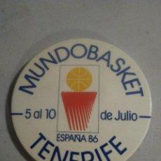 Coleccionismo deportivo: CHAPA ALFILER MUNDOBASKET ESPAÑA 86 TENERIFE. Lote 254689725